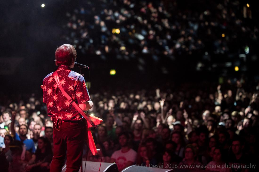 Ash Supoort Weezer @ Wembley Arena 28/10/2017
